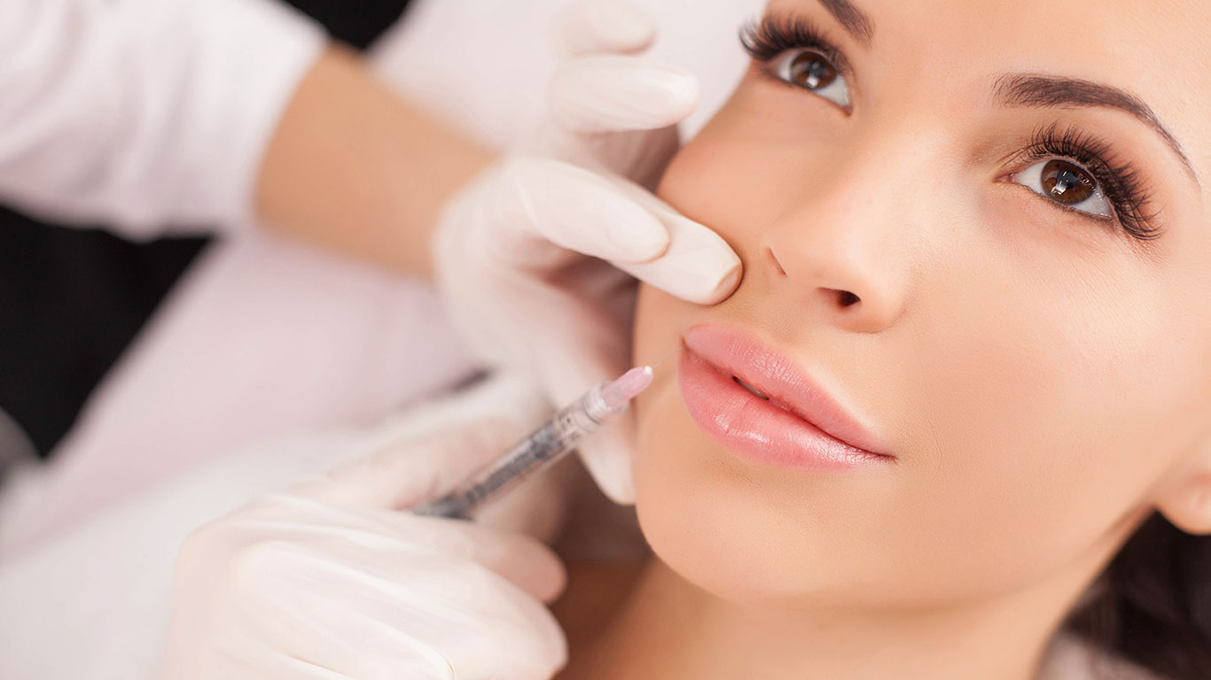 Aesthetic facial treatment in Marbella: botulinum toxin